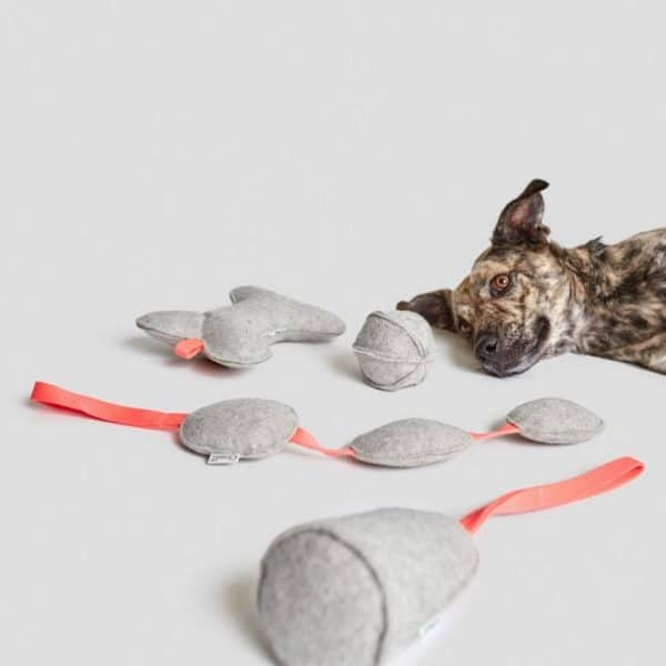 Cloud7 Hunde Filzspielzeug Cone Grey
